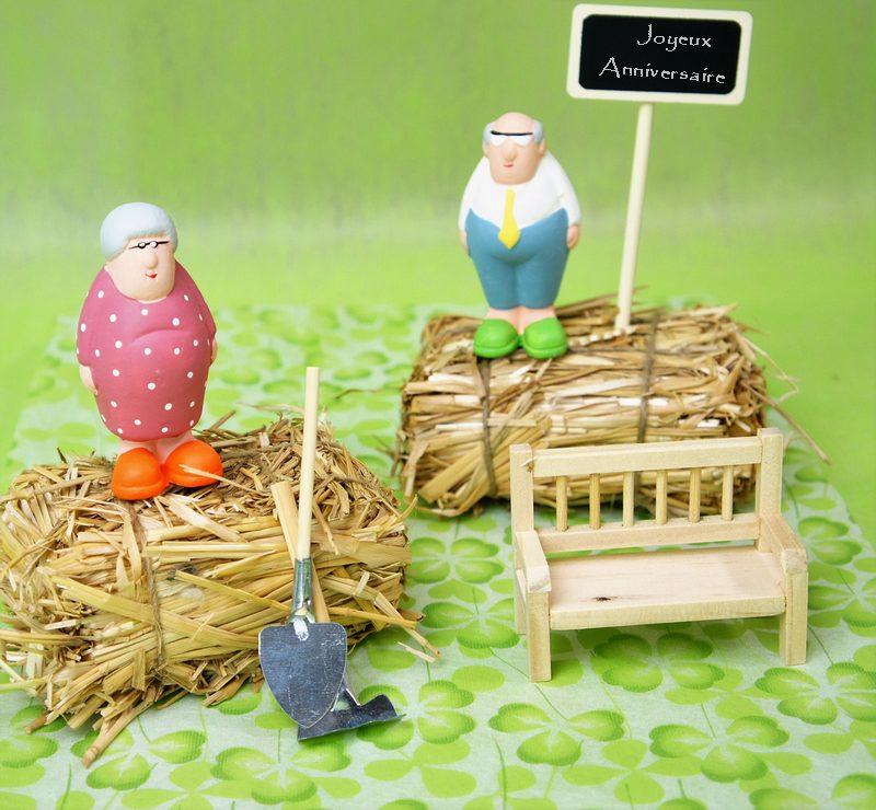 Acheter grand p re et grand m re d coration de table 1001 deco table - Acheter de la paille pour jardin ...