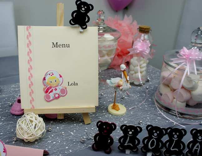 Idee de decoration de table de bapteme petite fille. 1001 deco table.