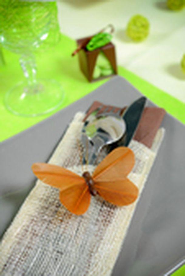 Acheter papillon uni sur tige chocolat x6 d coration de table 1001 deco table - Papillon sur tige ...