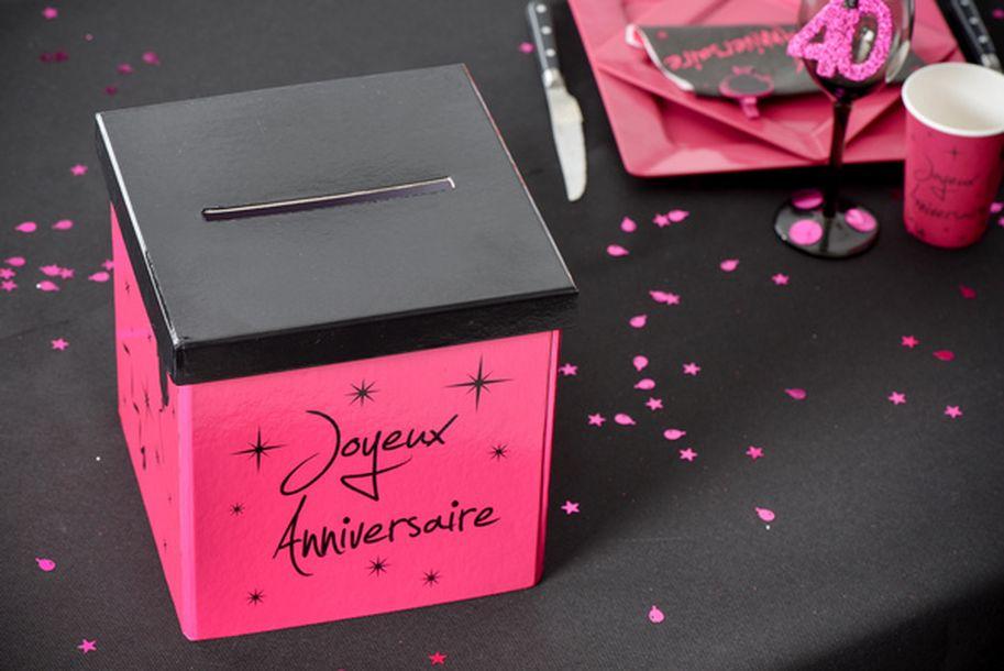 Acheter urne tirelire fuschia joyeux anniversaire d coration de salle 1001 deco table - Fabriquer une urne anniversaire ...