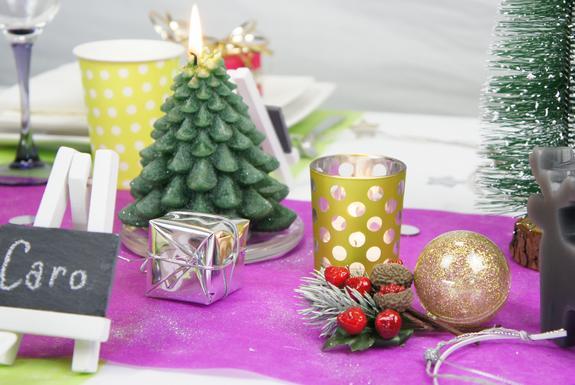 objets decoratifs pour table de fêtes de noël.