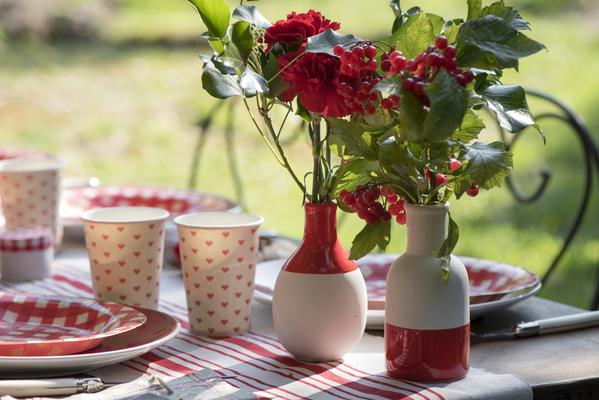 2 Vases scandinaves Noir et Blanc Assortis Cuisine & Maison ...