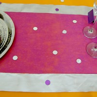 chemin de table fuschia