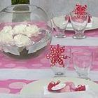 Articles de décoration de table pas chers pour un baptème fille.