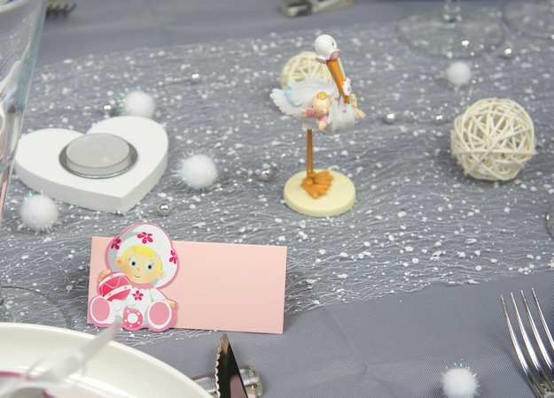 Décoration de table baptême fille cigogne rose et blanc