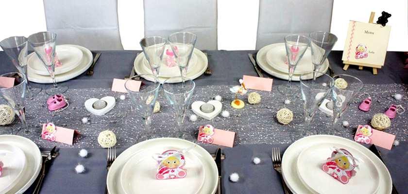 Idee de decoration de table de bapteme petite fille | 1001 deco table