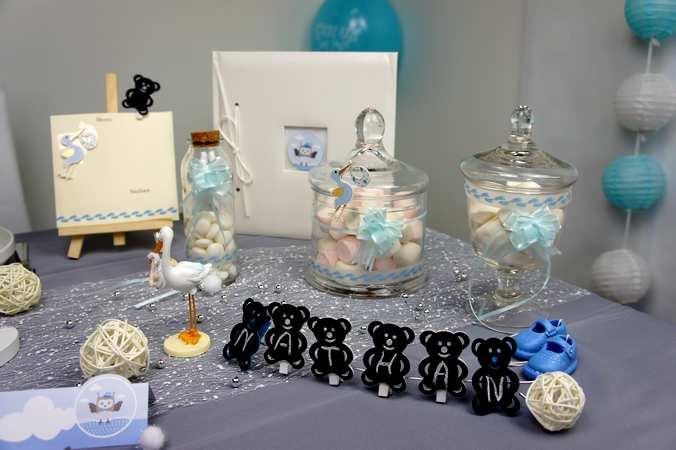 Idées de décoration de table et de salle pour un baptême