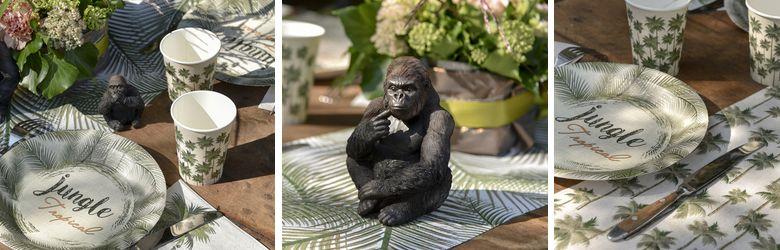 Décoration de table anniversaire thème jungle tropicale.