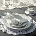 Décoration de table dentelles et romantisme pour votre mariage.