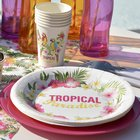 Décoration table de fêtes thème tropical