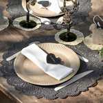 Ambiance vintage kraft et noir pour votre table de mariage.