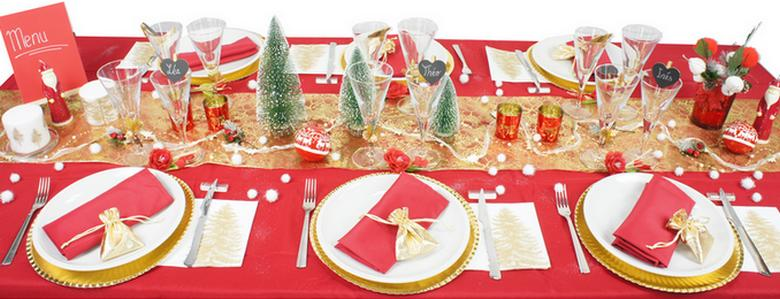 decoration de table de noel en rouge et or